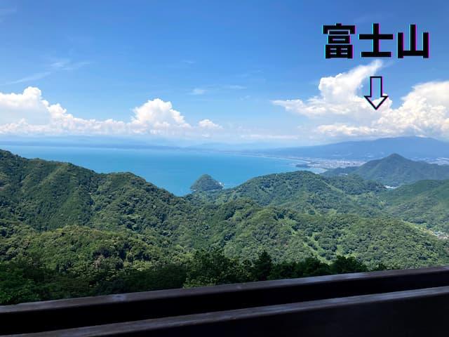 伊豆の国パノラマパークのテラスから見える景色